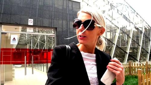 Jenny, 45ans, banquiere - Jenny (JacquieEtMichelTV.net-2018)