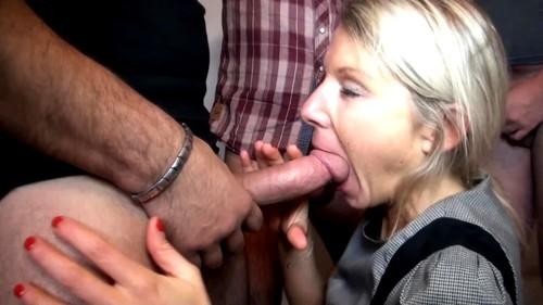 La tentation du hard pour Jenny, 45ans - Jenny (JacquieEtMichelTV.net-2018)