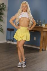 Elsa-Jean-Babysitter-Special-Services-Provided-121x-1920x1280-16slfr0c4i.jpg
