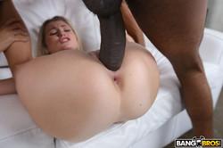 Carolina-Sweets-Carolina-Gets-Her-Sweet-Pussy-Stretched-384x-2000x1333--r6sndwoxkl.jpg