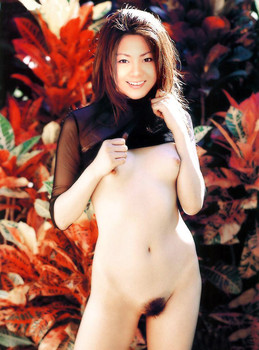 Mai Kuraki fake nude photo
