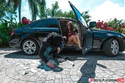Joseline-Kelly-Getaway-Girl-95x--v6sq57dcvg.jpg