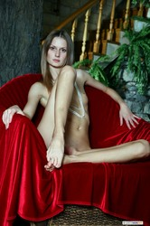 Katerina-Beautiful-on-Red--x6sq2ms1e0.jpg