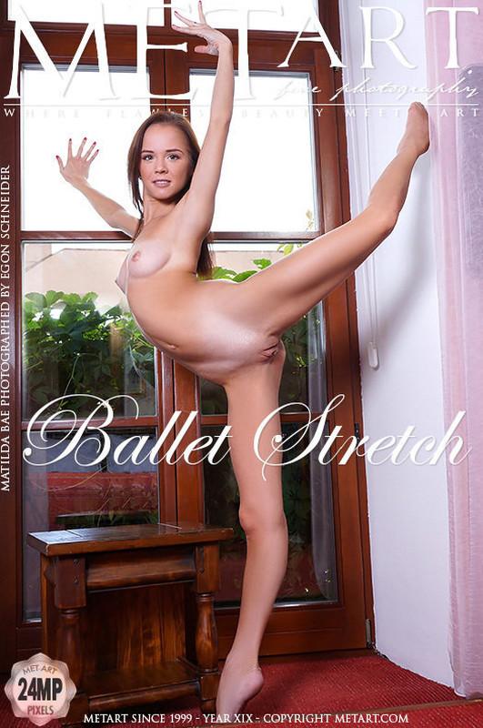Matilda Bae - Ballet Stretch (01-12-2018)