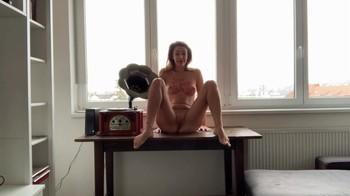 Naked Glamour Model Sensation  Nude Video - Page 2 4cj81jkm20ot