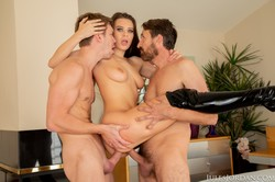 Lana-Rhoades-Gets-Dpd-With-A-Double-Creampie-In-Her-ASS-110618-124x-q6sr8i6l04.jpg