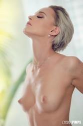 Emma-Hix-Looking-So-Hot-In-Sheer-White-Lace-%28x140%29-3744x5616-b6srwr34ai.jpg