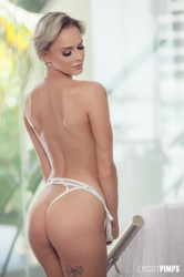 Emma-Hix-Looking-So-Hot-In-Sheer-White-Lace-%28x140%29-3744x5616-k6srwramks.jpg