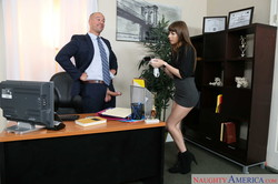Alex-Blake-Naughty-Office-368x-2500x1667-e6ssh79xye.jpg