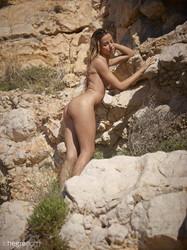 Penelope-Nature-Nudes-44-pictures-10328px--e6stpj6af5.jpg