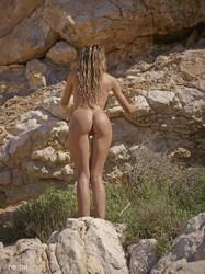 Penelope-Nature-Nudes-44-pictures-10328px--36stpj32dd.jpg