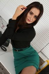 Brooke-Ashleigh-Set-u6stiuuuag.jpg