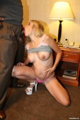 Ciera-Pregnant-Blonde-Gets-Fucked-By-BBC-l6up72hc6r.jpg