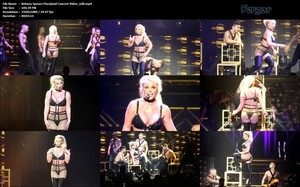 Britney Spears Video Desliz Pezonazo Y No Se Entera Durante Concierto En Maryland USA