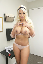 Bridgette-B-Gets-Tricked-Into-A-Prescription-Of-Dick-At-The-Doctors-Office-109x--t6sv78meis.jpg