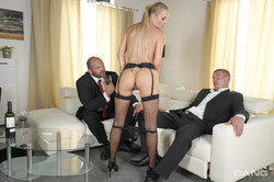 Florane-Russell-Gets-Both-Her-Holes-Used-By-Her-Husband-And-His-Friend-137x-2600-p6svj61pvv.jpg