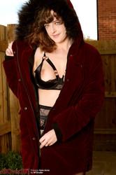 Kate-Anne-Nudism-Outdoors-141-pics-3200x4800--u6takgnajm.jpg