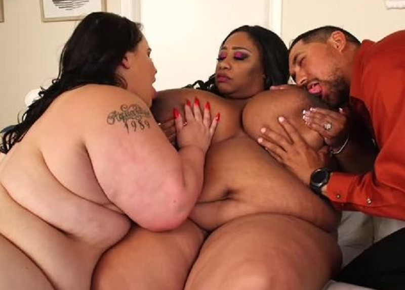 Candi And Victoria Secret Heavy Duty Threesome