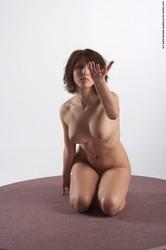 Anatomy-For-Artist-Alicesitting-%28x63%29-g6tc6epvhy.jpg