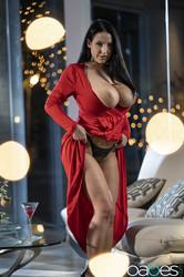 Angela-White-Cherry-Kiss-198x-2495x1663--q6tdd8wdnn.jpg