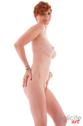 Ginger-Rose-A-busty-French-redhead-first-time-nude-in-studio--d7efaflzsn.jpg