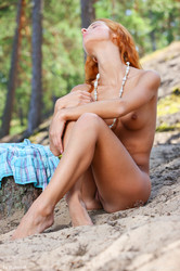 Kari-K-Between-The-Trees-96-pictures-5500px-l6tda5xbfy.jpg