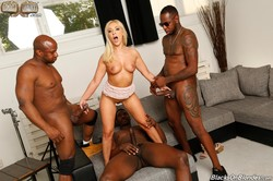 Amber-Deen-Blacks-On-Blondes-353x-3000x2000-36tdopegz3.jpg