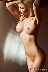 Brill  nackt Sophie Sophia Lomeli
