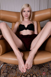 Jocelyn-Sweets-AMK-Photoset-3-66tfka40se.jpg