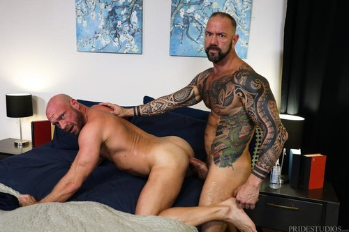 ExtraBigDicks – Damn! It Is Big!!! (Vic Rocco & Killian Knox) Bareback