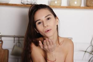 Leona Mia - January 15, 2019f6txfppuwx.jpg