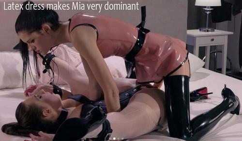 Latex dress makes Mia very dominant  [FullHD]
