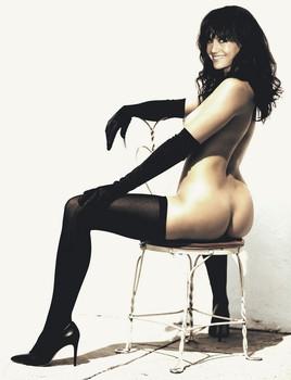 Carla Gaugino nude bare ass photo shoot for Esquire magazine UHQ
