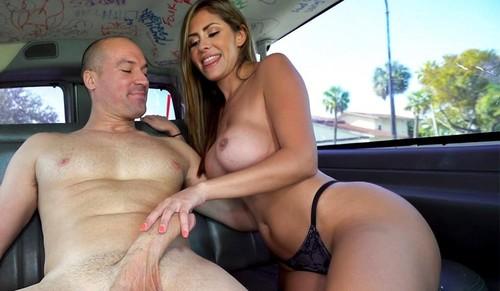 Sexy Realtor Rides on The Bus  [SD]