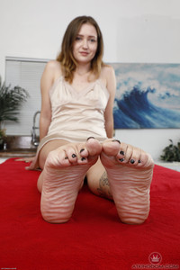 Brielle Woods @tk H@iry - Young And Hairy