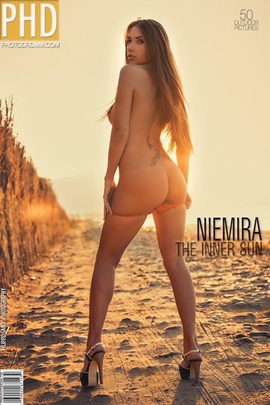 Niemira - The Inner Sun - 50 pictures - 3000px (10 Feb, 2019)