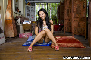 Asa Akira - Asian Healing Massage            388