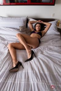 Cassie Del Isla @mk!ngd0m - Masturbation