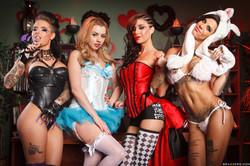 Bonnie-Rotten-Christy-Mack-Gia-Dimarco-Lexi-Belle-Wonderland-991x--g6vf78o235.jpg