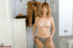 Olga-G-Elegant-Ladies-98-pics-4800px-j6v0ertl5j.jpg
