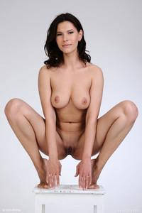 Susi R - Welcome-66vpmr6nwv.jpg