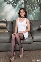 Rosalyn-Sphinx-Sexy-Young-Coed-Rosalyn-Sphinx-LIVE-%28x90%29-3840x5760-i6vr1semn4.jpg