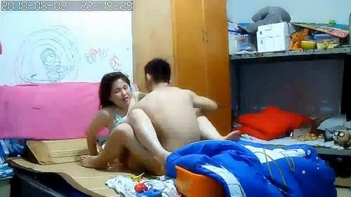 這邊是小女性欲高不停的要会叫床[avi/435m]圖片的自定義alt信息;548106,729546,wbsl2009,1