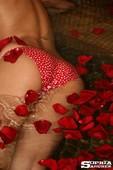 Sophia-Sauna-Rosas-b6vt4u7duv.jpg