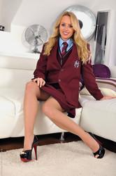 Holly-Gibbons-x135-3888px-e6vu9iiwxp.jpg