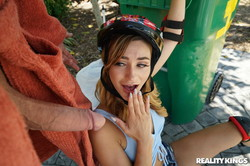 Ana-Rose-Skater-Slut-179x--i6vvwb41bu.jpg