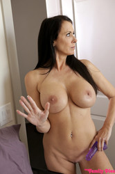 Chloe-Temple-Reagan-Foxx-A-Friend-In-Need-%28x69%29-3840x5760-b6vvr1656x.jpg