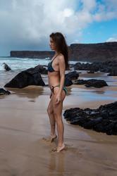 Brit-Bikini-Girl-55-pics-e6vveo1q53.jpg