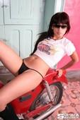 Sophia-Motobike-d6vwac9b6m.jpg