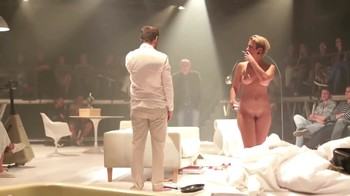 Celebrity Content - Naked On Stage - Page 16 Gnlp6bd5wr4b